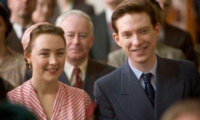 Eilis Lacey (Saoirse Ronan) og Jim (Domhnall Gleeson) i en scene fra Brooklyn. Foto: Fox Searchlight Pictures