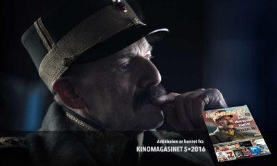 Jesper Christensen (t.v.) spiller Kong Haakon VII i Kongens nei. Foto:Agnete Brun. Saken er hentet fra KINOMAGASINET 5•2016