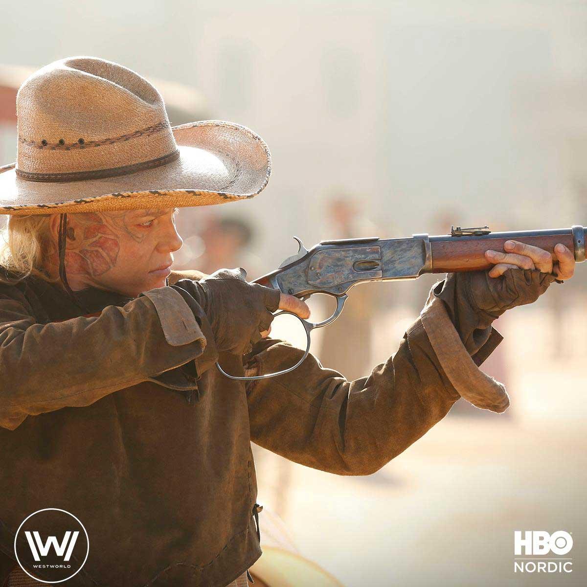 Ingrid Bolsø Berdal som Armistice i Westworld fra HBO.