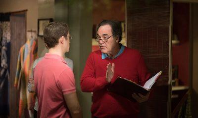 Joseph Gordon-Levitt og regissør Oliver Stone under innspillingen av Snowden. Foto: Norsk Filmdistribusjon