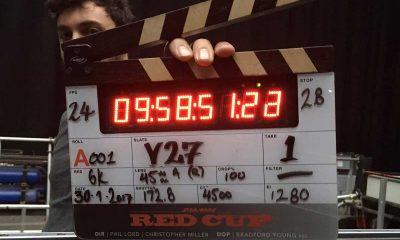 Regissør Chris Miller med det digitale filmklapperen for Han Solo-filmen. Foto: Chris Miller/twitter.com
