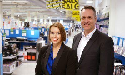 Administrerende direktør Jan Røsholm og kommunikasjonssjef Marte Ottemo i Stiftelsen Elektronikkbransjen kan glede seg over vekst i det norske forbrukerelektronikkmarkedet. Foto: Stian Sønsteng.