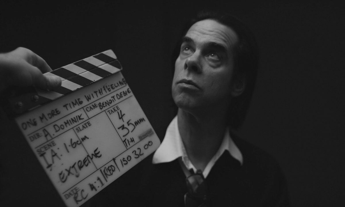 Nick Cave i One More Time With Feeling.